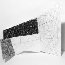 Sem Título - Lápis e linha de algodão sobre papel dobrado - 80 x 60 cm - 2018